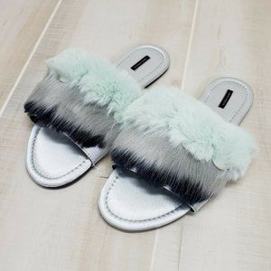 Victoria's Secret Faux Fur Slippers Slides Medium